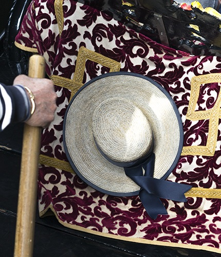 Personal shopper in Venice -  special souvenir, something to sate your appetite,  or a one of a kind antique