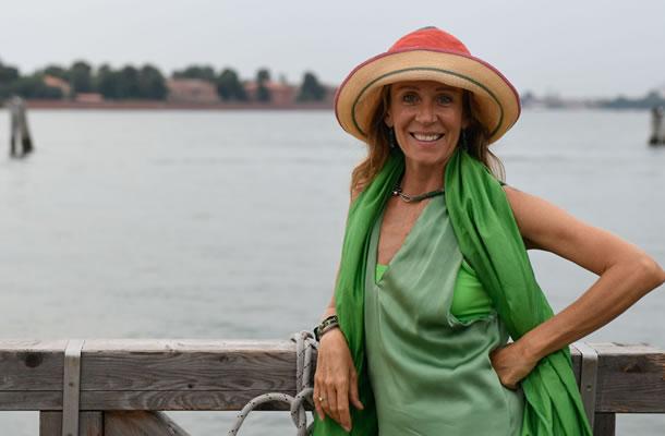 Hélène Salvadori, authorized and registered tourist guide of Venice