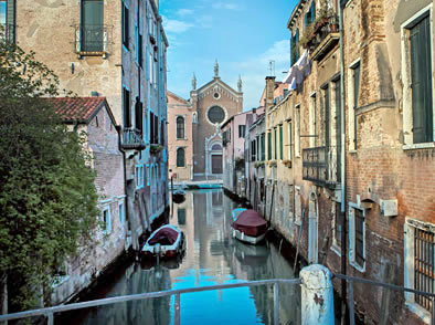 Discover Venice In depth